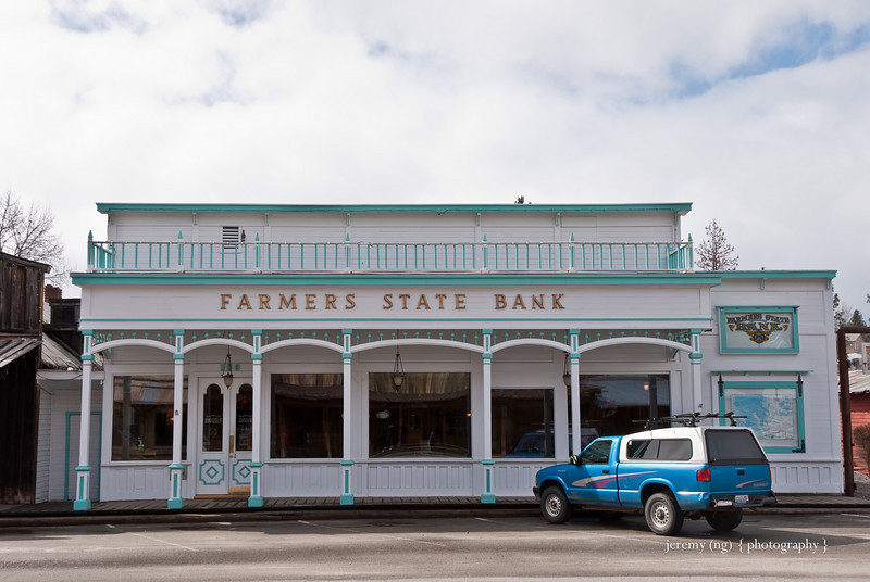 Photo of bank in Winthrop
