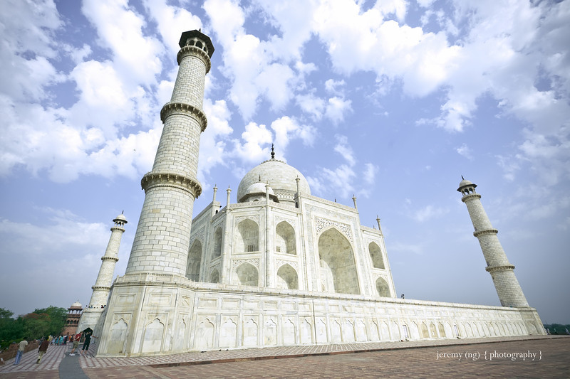 Photo of Taj Mahal up close